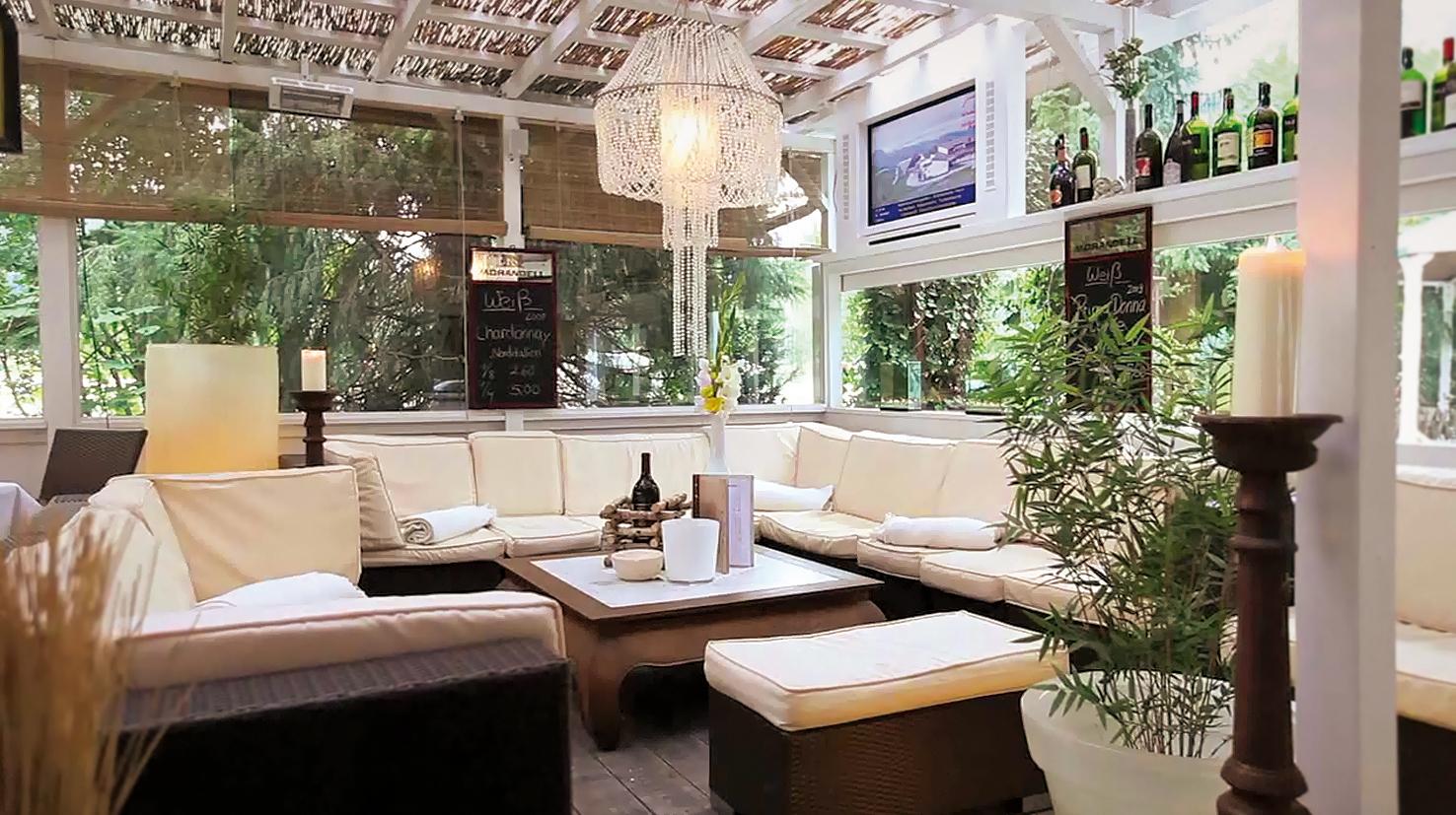 Asado's Steakhouse, Bar & Lounge
